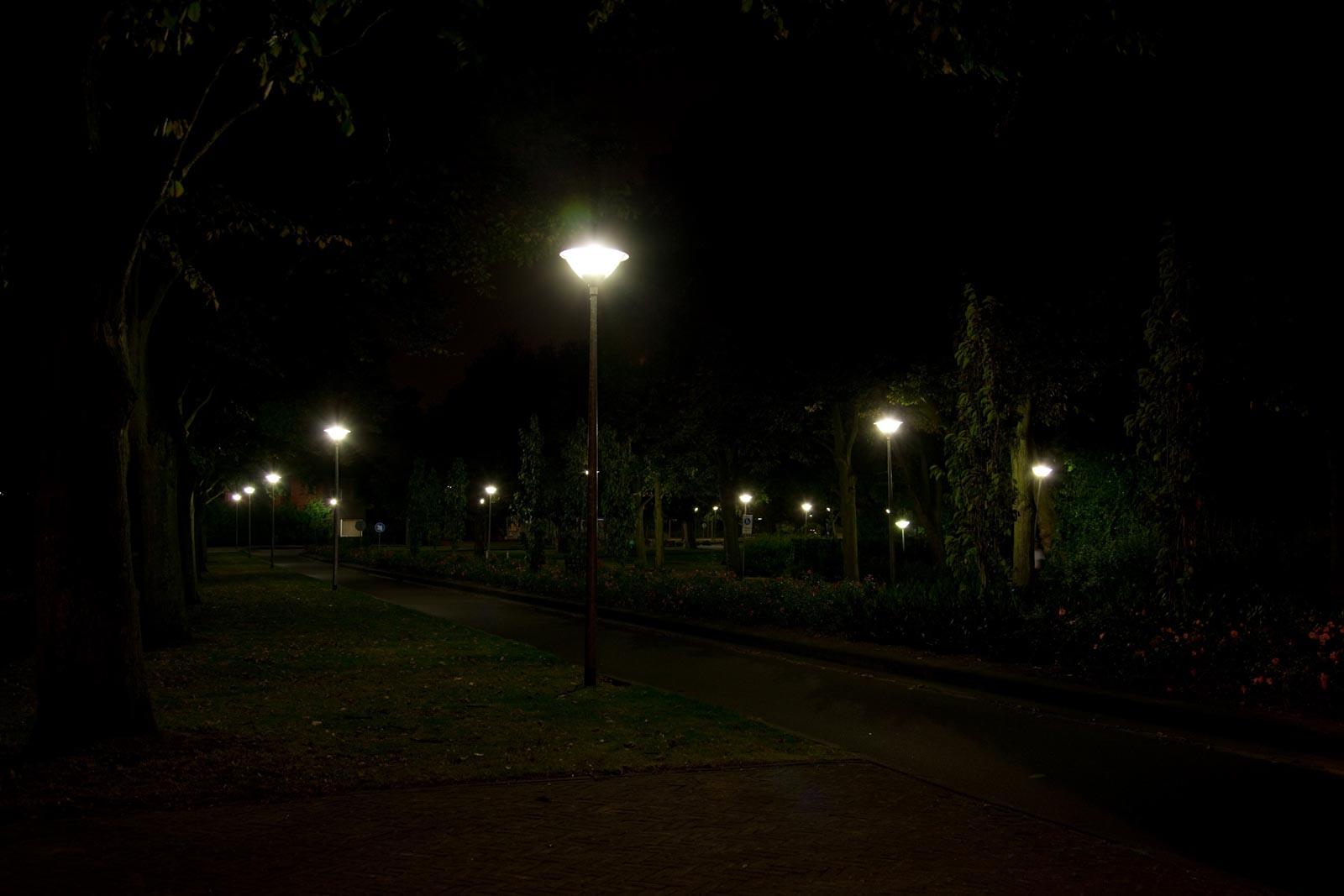 Nachtfoto met stervorming op diafragma 4